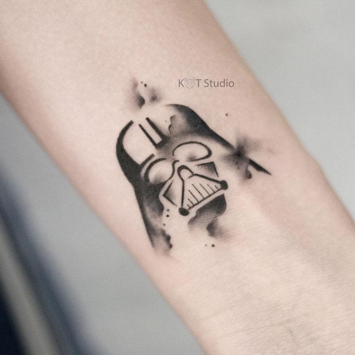 Татуировка с Дартом Вейдером из фильма